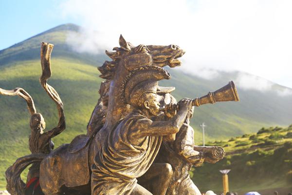 圣地甘孜:在此可感受浓郁的木雅藏族风情!