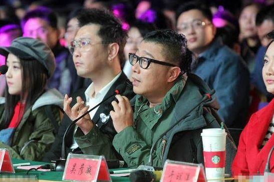 刘晓庆捧红了这个歌手,他结婚20年从不透露神秘妻子