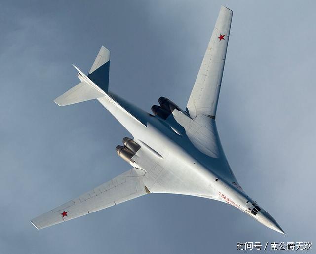 """全球最大的轰炸机俄罗斯""""白天鹅""""将升级:所有导弹都无法攻击(图)"""