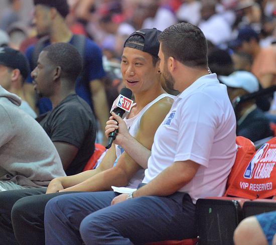 书豪:周琦需适应火箭速度 中国小个子也能进NBA