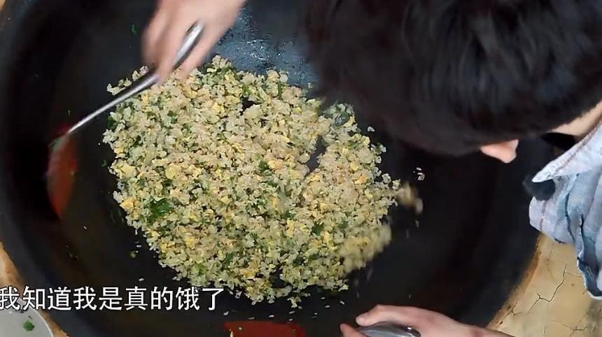 《向往的生活》总导演爆料:黄磊做饭之前导演组事先会把菜都炒一遍防止出问题