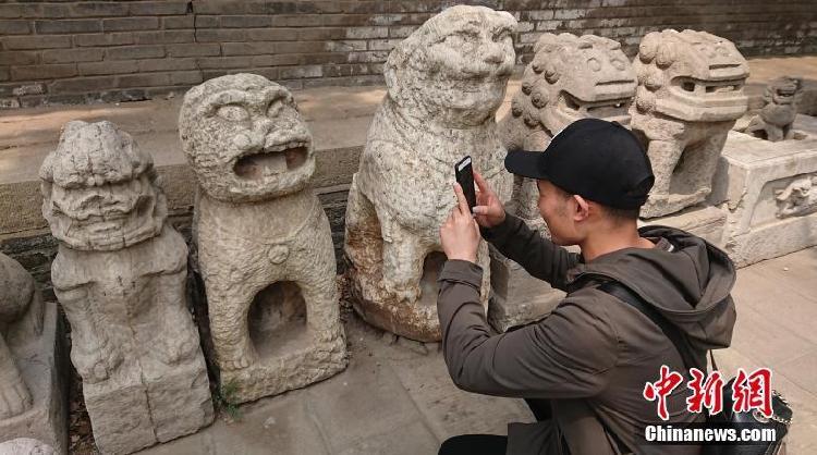 """太原文庙石狮成""""网红"""" 被戏称哆啦A梦""""始祖""""! - 周公乐 - xinhua8848 的博客"""