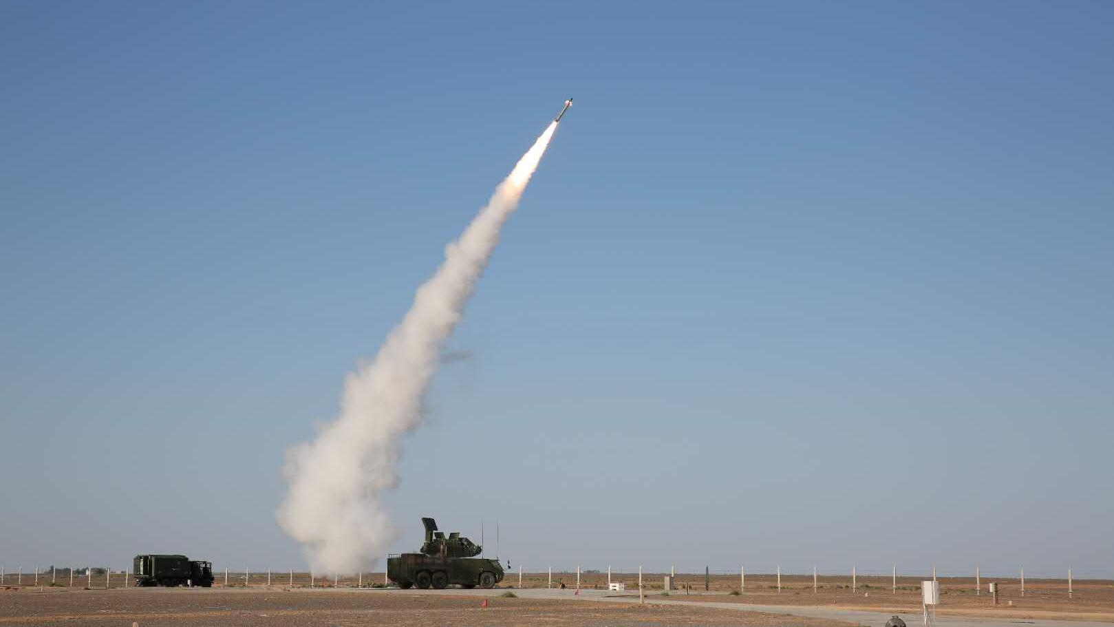 低空猎手!我国新一代防空导弹HQ-17AE亮相