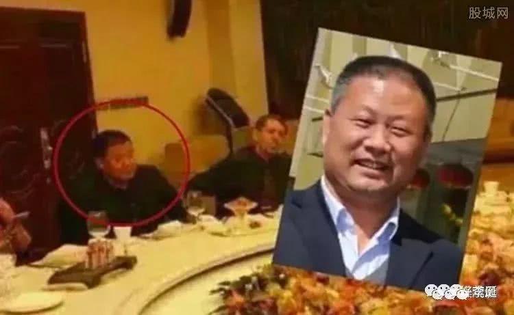 悬案究竟是谁把毕福剑的饭局门视频传到网上的?老毕究竟是怎么得