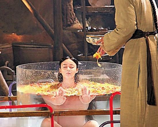 古装剧美人出浴:范冰冰热巴美若天仙 最后一位来稿笑 - 周公乐 - xinhua8848 的博客