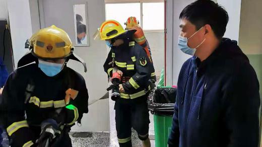 开封市人民医院与开封市顺河区消防大队联合开展消防安全演练