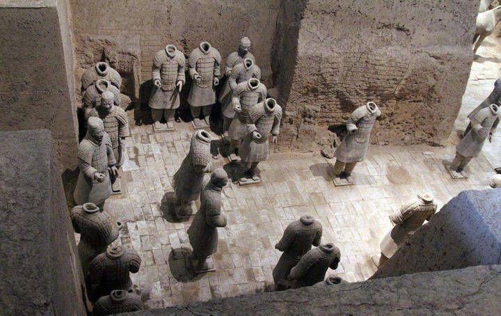 古代帝王死后,为何要用水银灌童男童女陪葬?原
